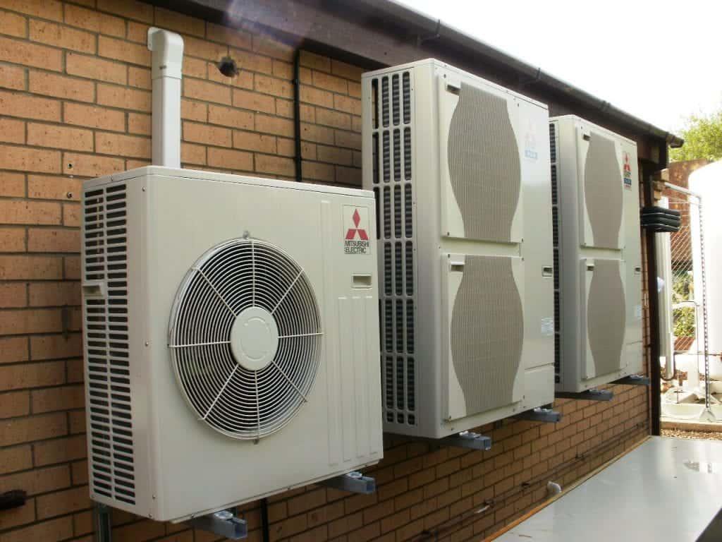 Montaža klimatske naprave je možna tudi na zunanji strani objekta