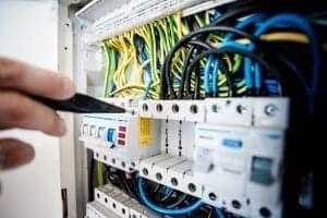 cena električne inštalacije