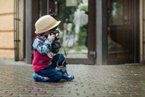 Družinsko fotografiranje dojenčkov in otrok naj bo kreativno!