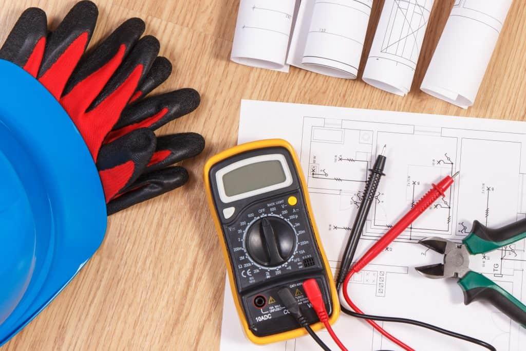 elektricni pripomocki za elektricne meritve in elektroinštalacije