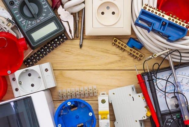 elektricni-pripomocki-za-napeljavo-elektroinstalacij