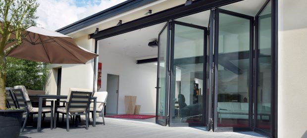 drsna-balkonska-vrata-panoramska-stena-razlicne-vrste