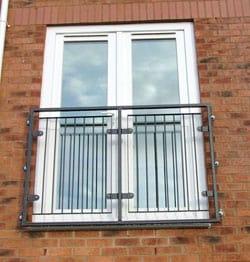 fiksna-balkonska-vrata-namen-uporabe