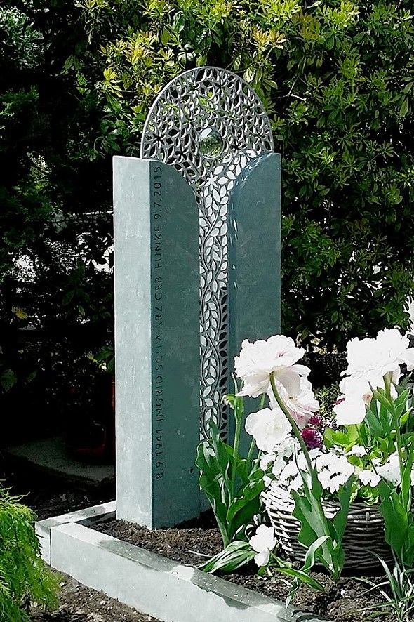 moderni-nagrobni-spomeniki-cenik