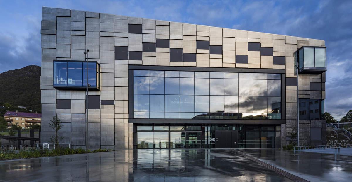 aluminijasta-fasada