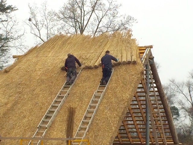 izvedba-slamnate-strehe