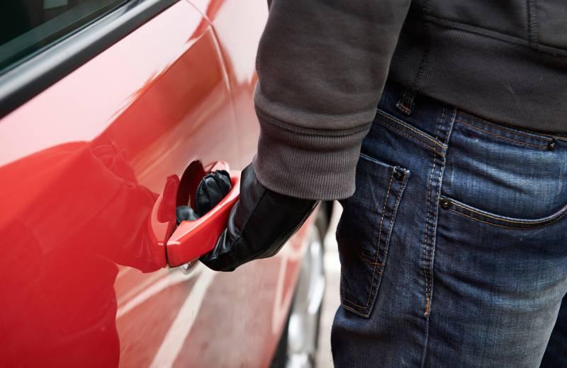 zavarovanje-vozila-pred-tatvino