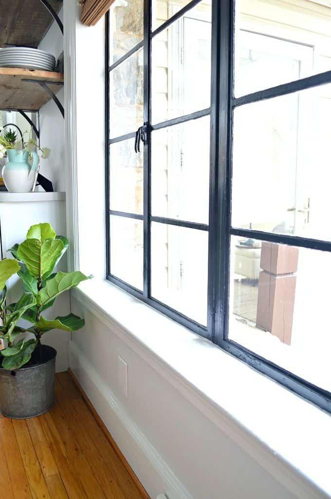 slikopleskarstvo-barvanje-lesenih-vrat-oken