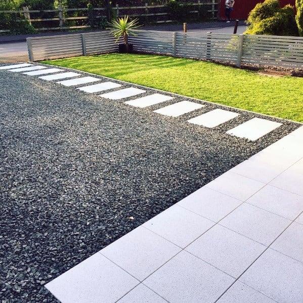 asfaltiranje-tlakovanje-dovozne-poti-zidar