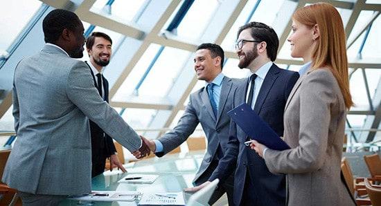 tolmac-tolmacenje-cena-poslovni-sestanki