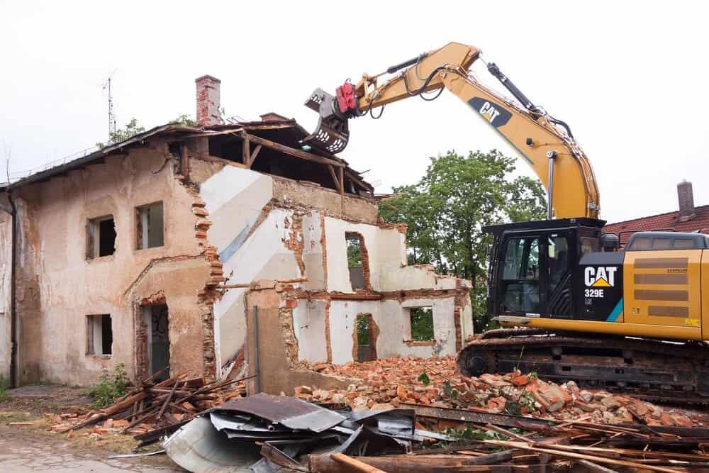 rušenje-hiše-cena-ponudniki-postopek