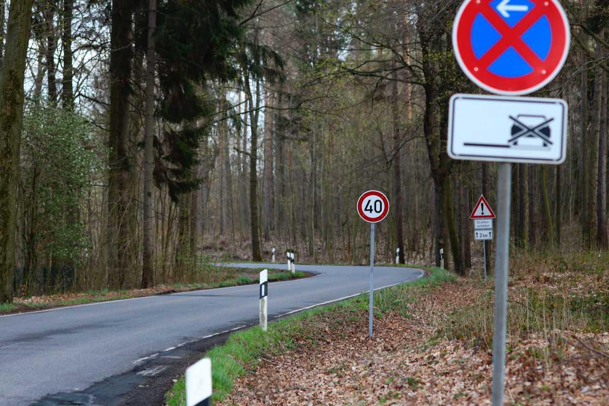 prometni-znaki-tečaj-CPP-teoretični-del-vozniškega-izpita