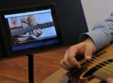 spletno učenje kitare na daljavo