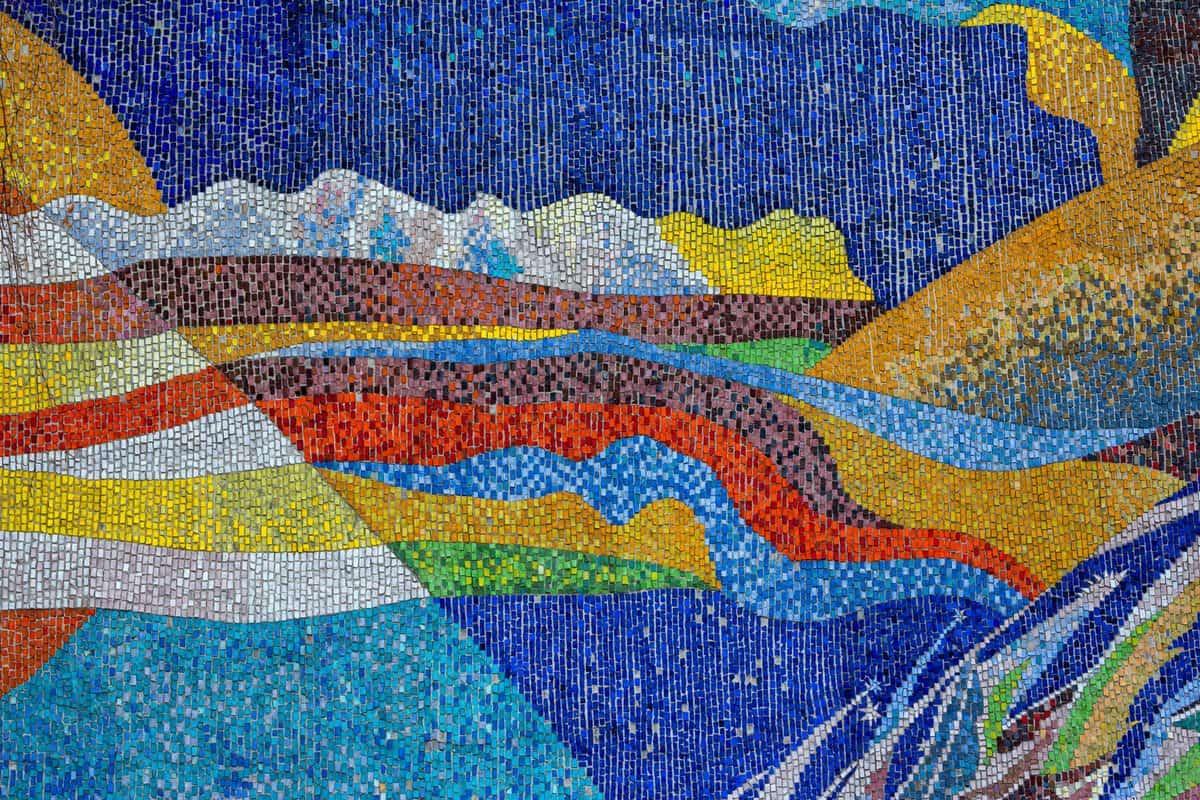 Mozaik v sliki - polaganje stenskih ploščic