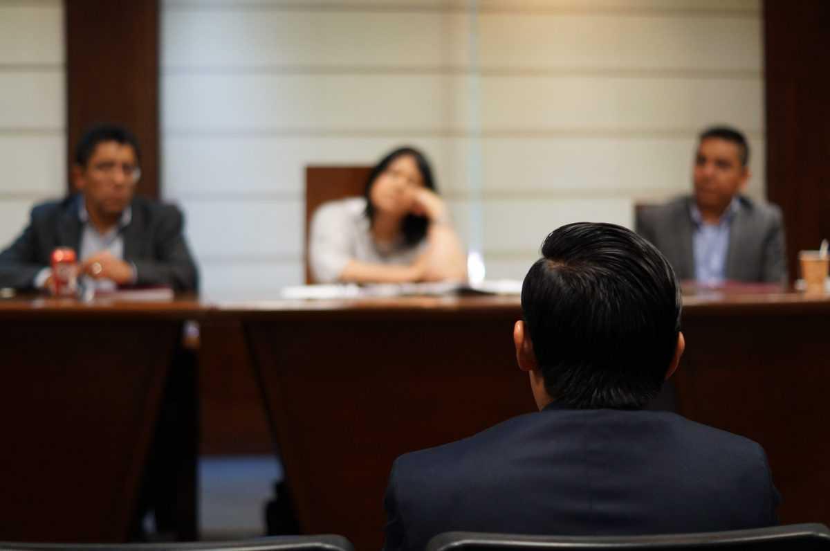 sodišče-vodenje-postopka-izvršbe-pravnik