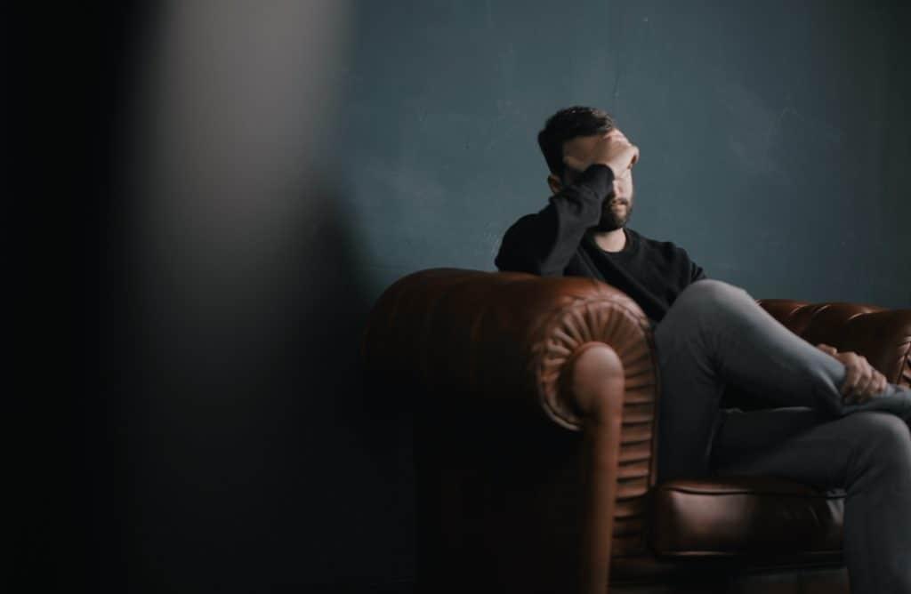 obisk-pri-terapevtu-psihoterapija-srečanje