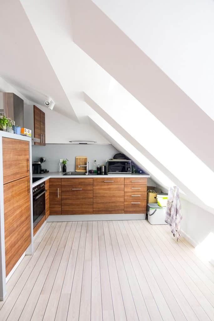 mansardno-stanovanje-mansardna-montažna-hiša
