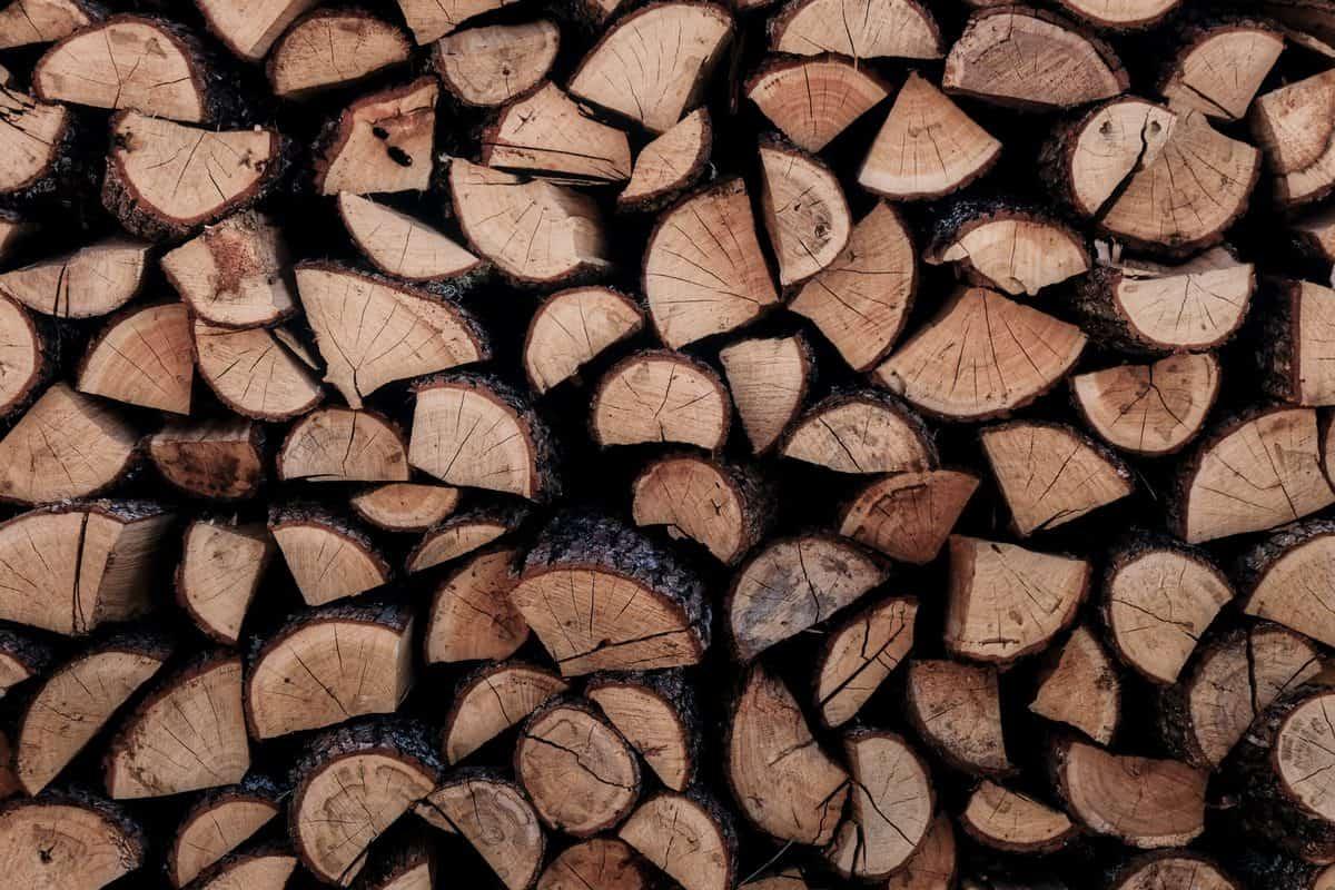 drva-poceni-energent-peč-na-drva