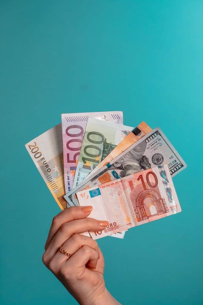 gotovinski-kredit-finančno-posojilo