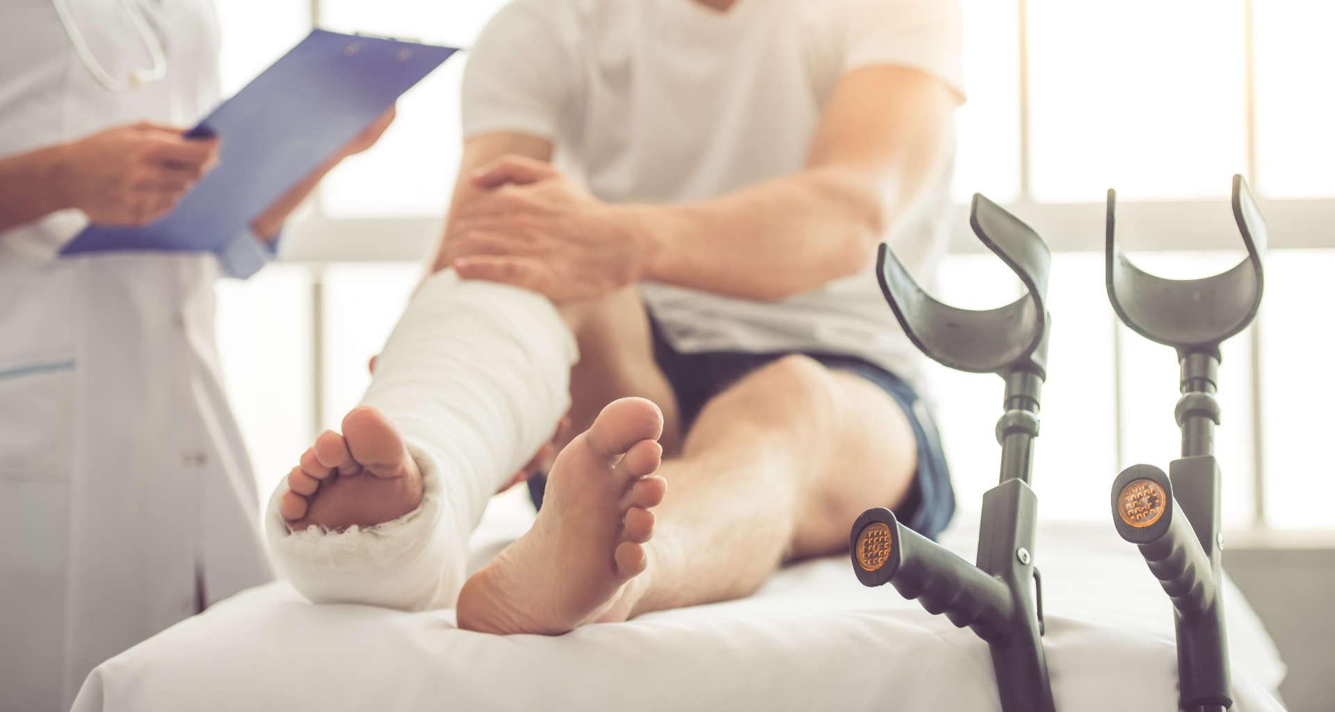 Želite skleniti nezgodno zavarovanje? Pomagali vam bomo najti pravo zavarovalnico za nezgodno zavarovanje