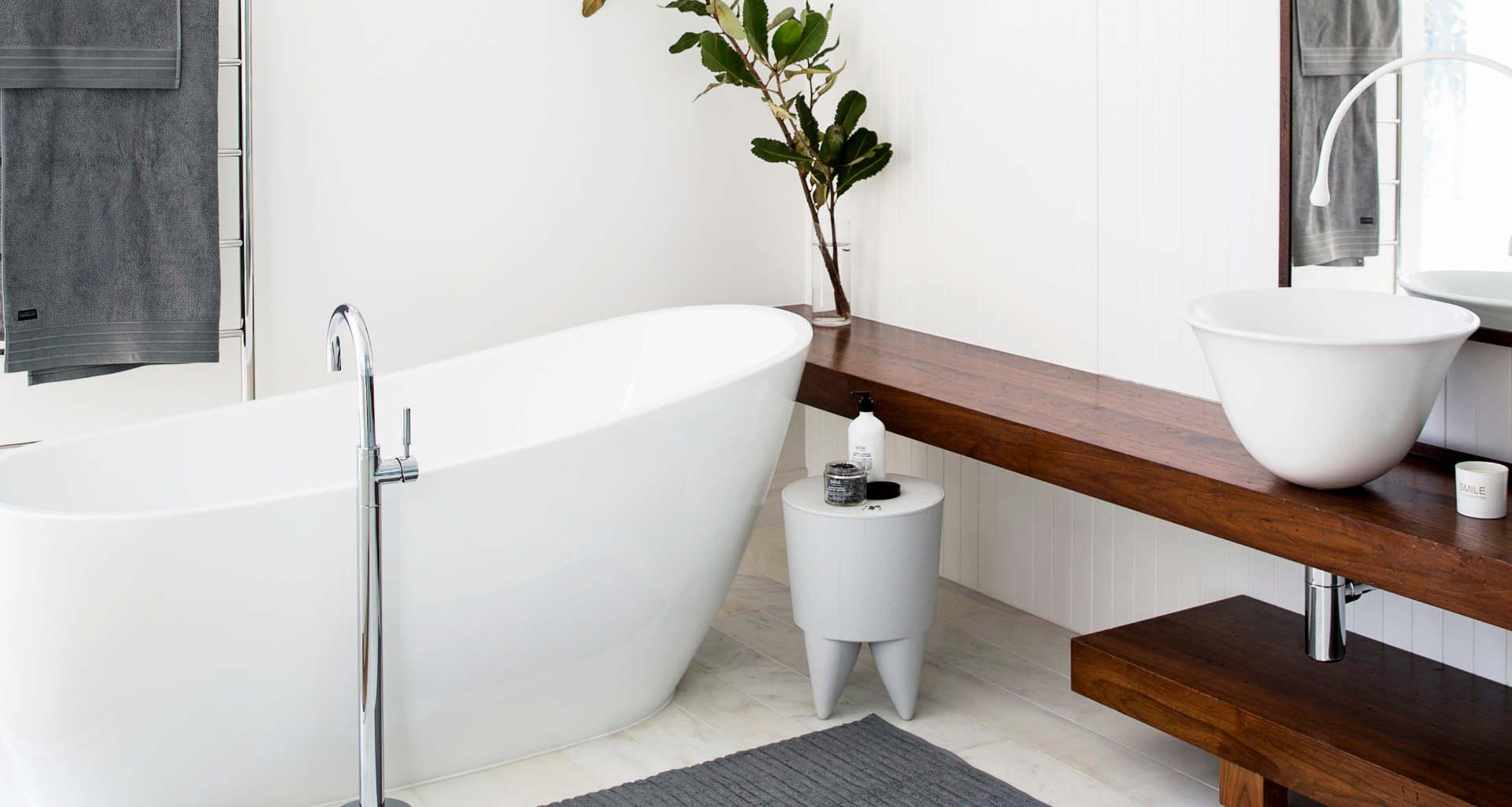 Potrebujeto novo kopalnico? Pomagali vam bomo najti pravega mojstra za prenovo ali izdelavo kopalnice