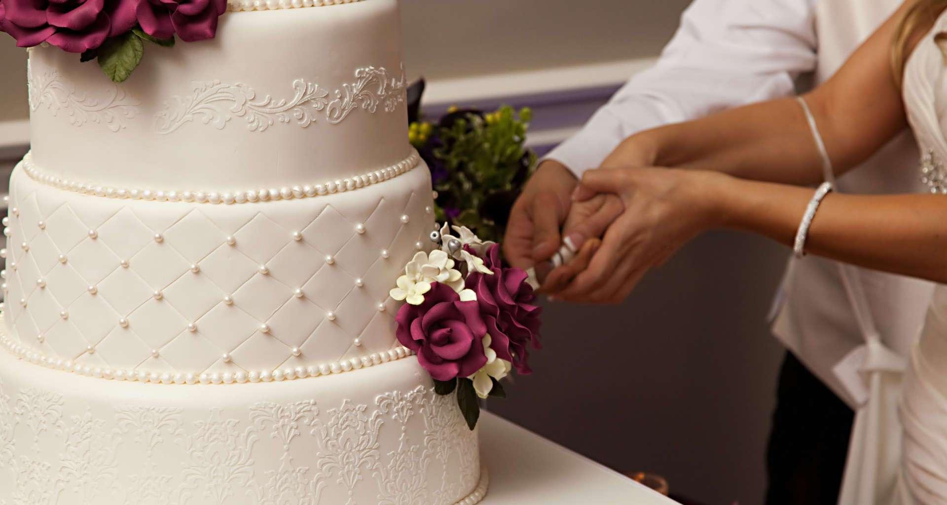Organizirate dogodek in potrebujete torto? Pomagali vam bomo najti pravega slaščičarja za vaš dogodek