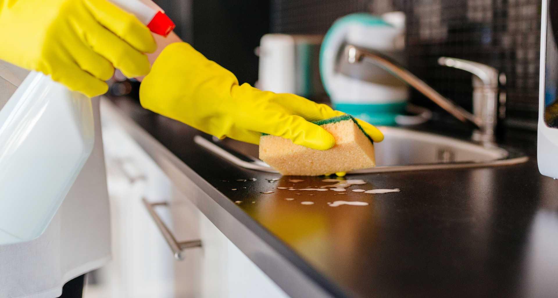 Potrebujete čistilni servis? Pomagali vam bomo najti pravi čistilni servis