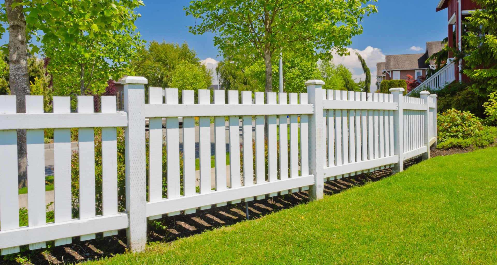 Potrebujete ograjo? Pomagali vam bomo najti pravega strokovnjaka za vašo ograjo