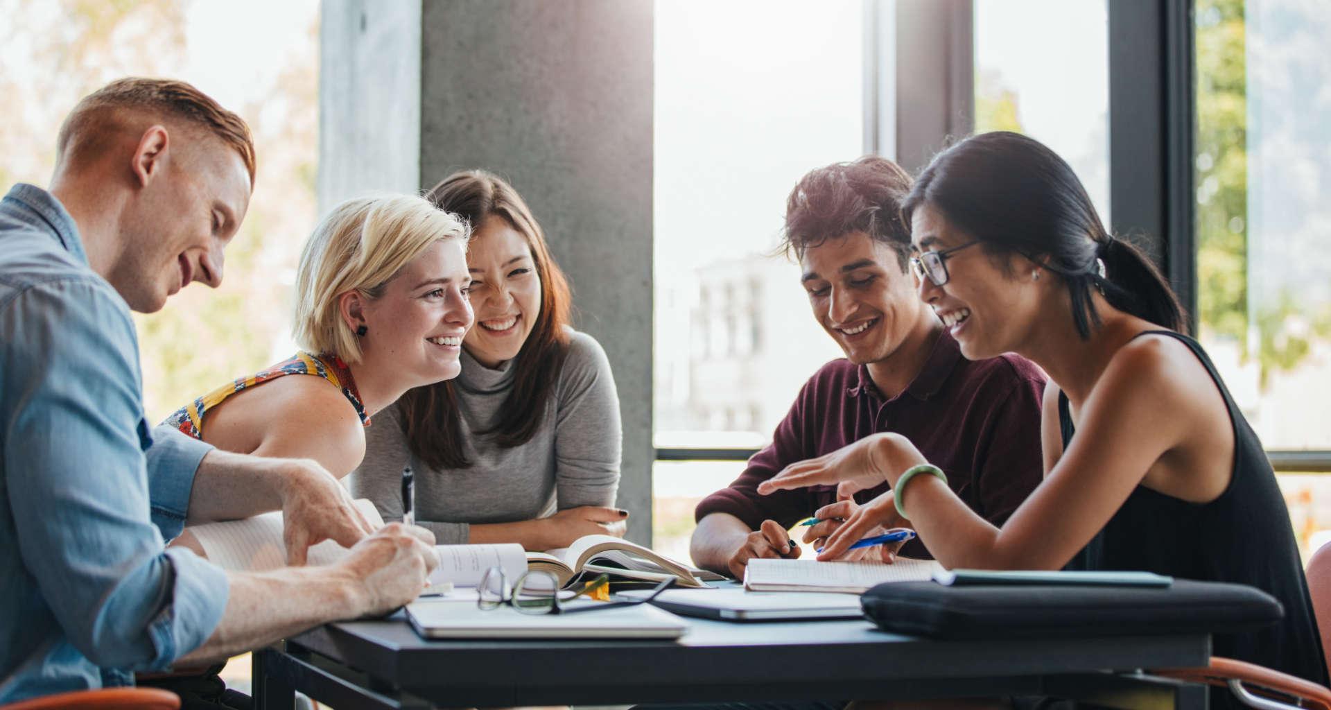Iščete učitelja tujega jezika? Pomagali vam bomo najti pravega učitelja za vas