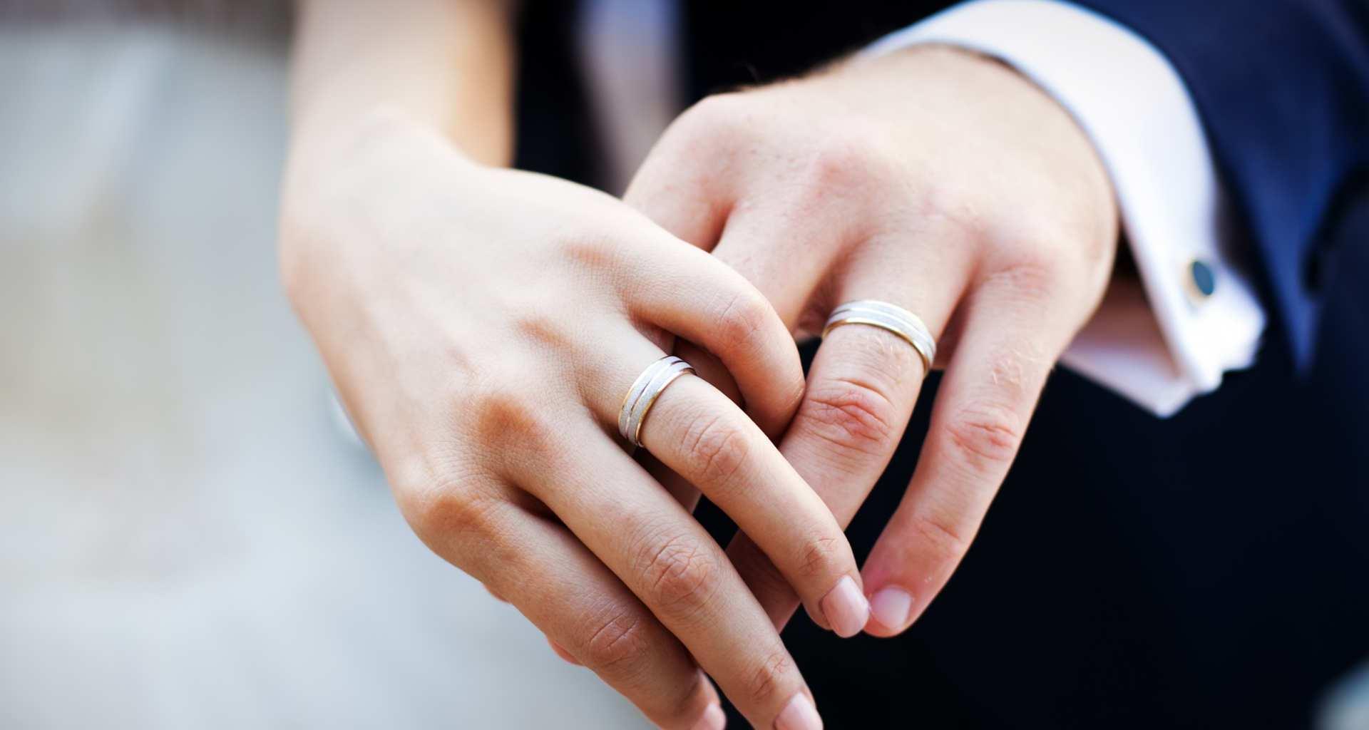 Iščete prstan? Pomagali vam bomo najti pravi prstan
