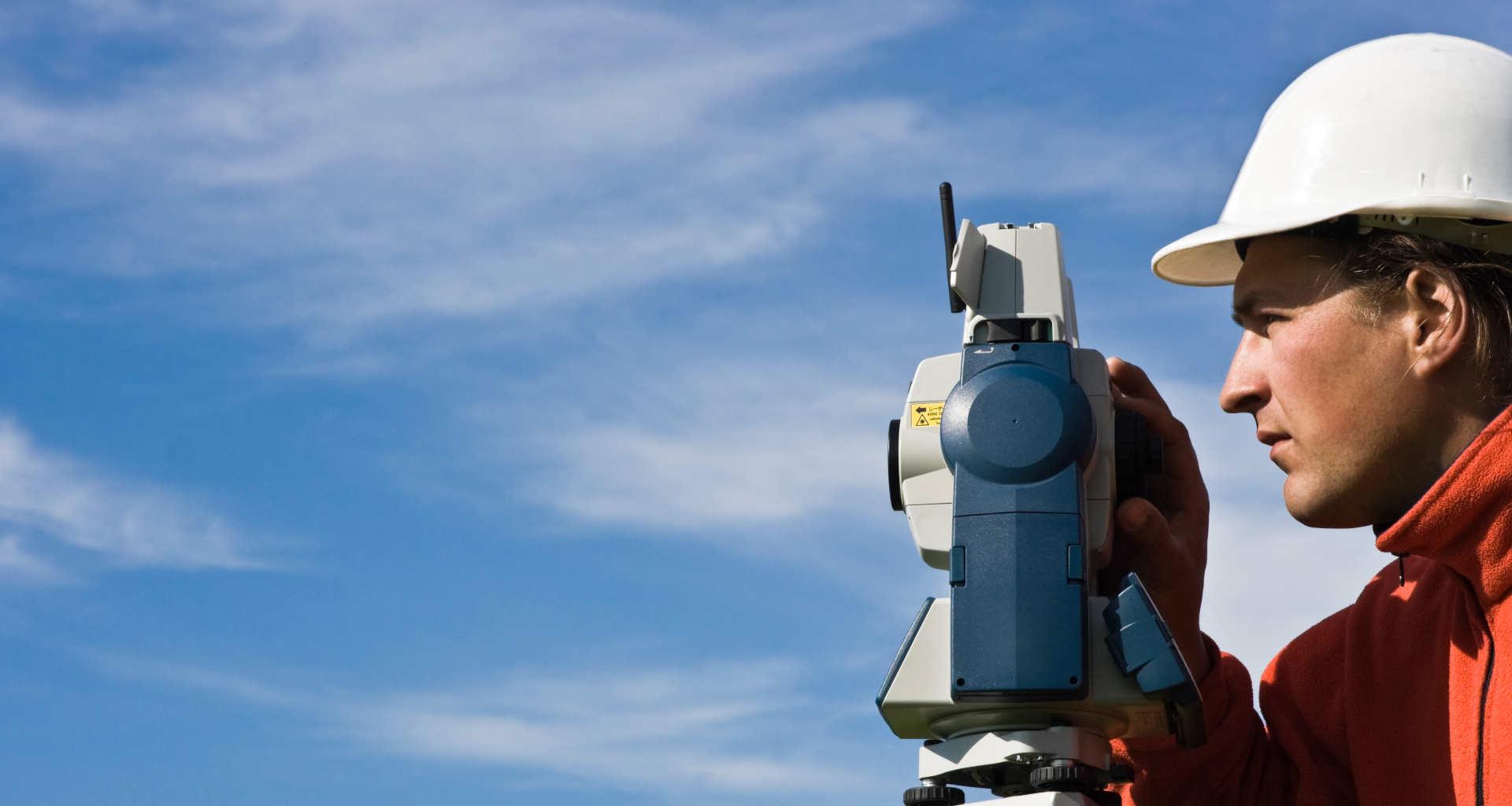 Iščete geodeta? Pomagali vam bomo najti pravega geodeta