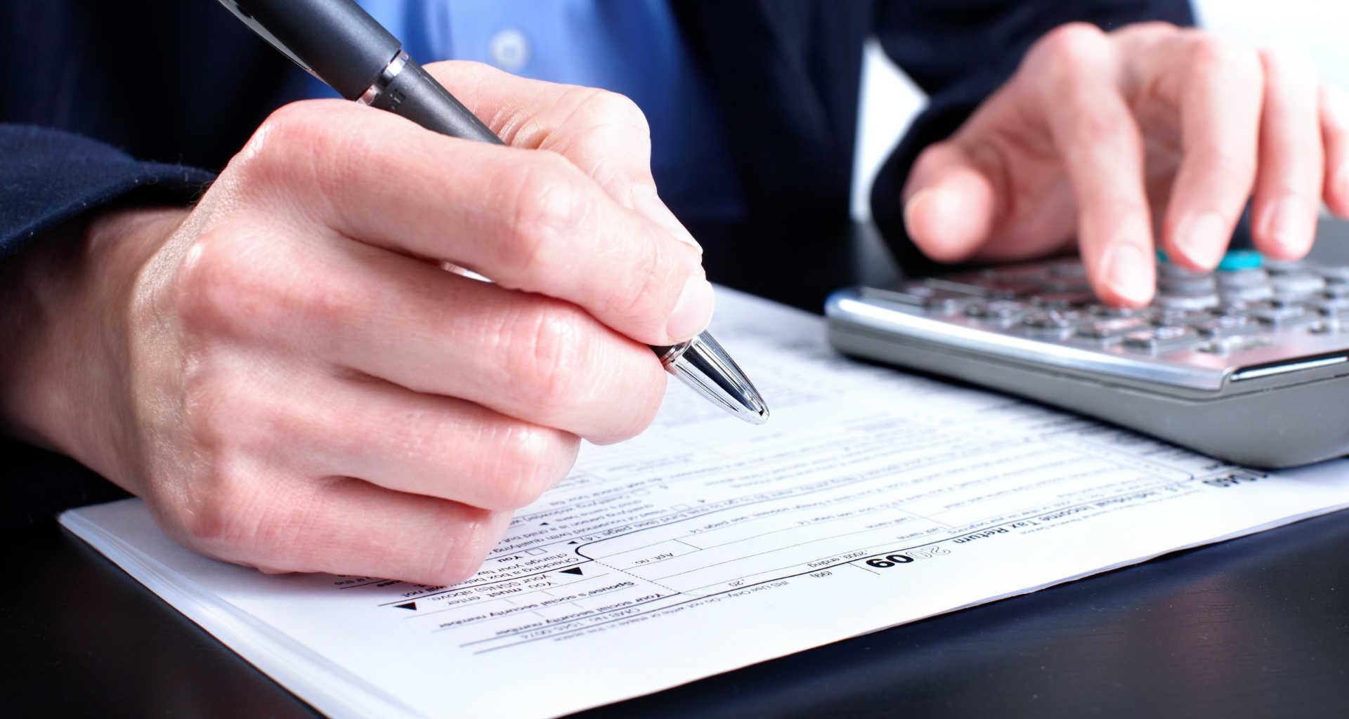 Potrebujete davčno svetovanje? Pomagali vam bomo najti pravega davčnega svetovalca