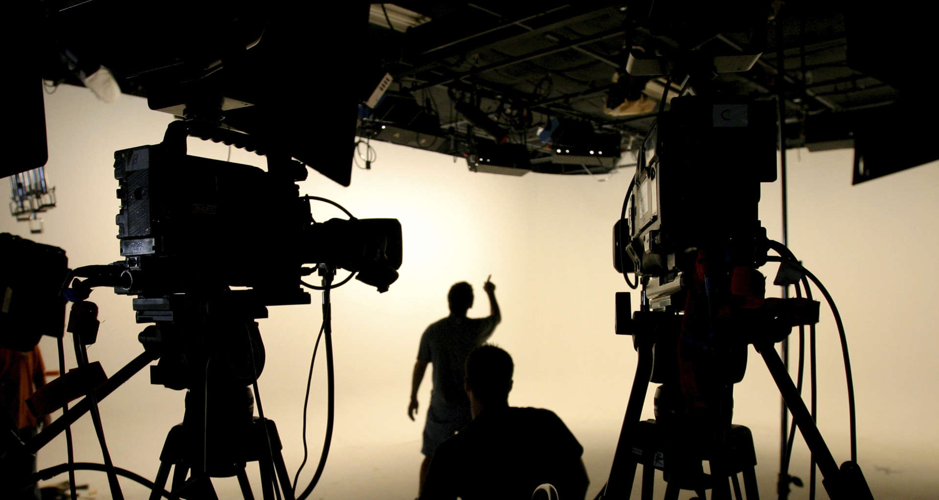Potrebujete video producenta? Pomagali vam bomo najti pravega video producenta